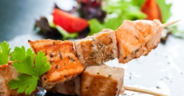 Gegrillte Fischspieße - Spiedini di pesce Rezept