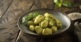 Kartoffelgnocchi mit Pesto verde Rezept