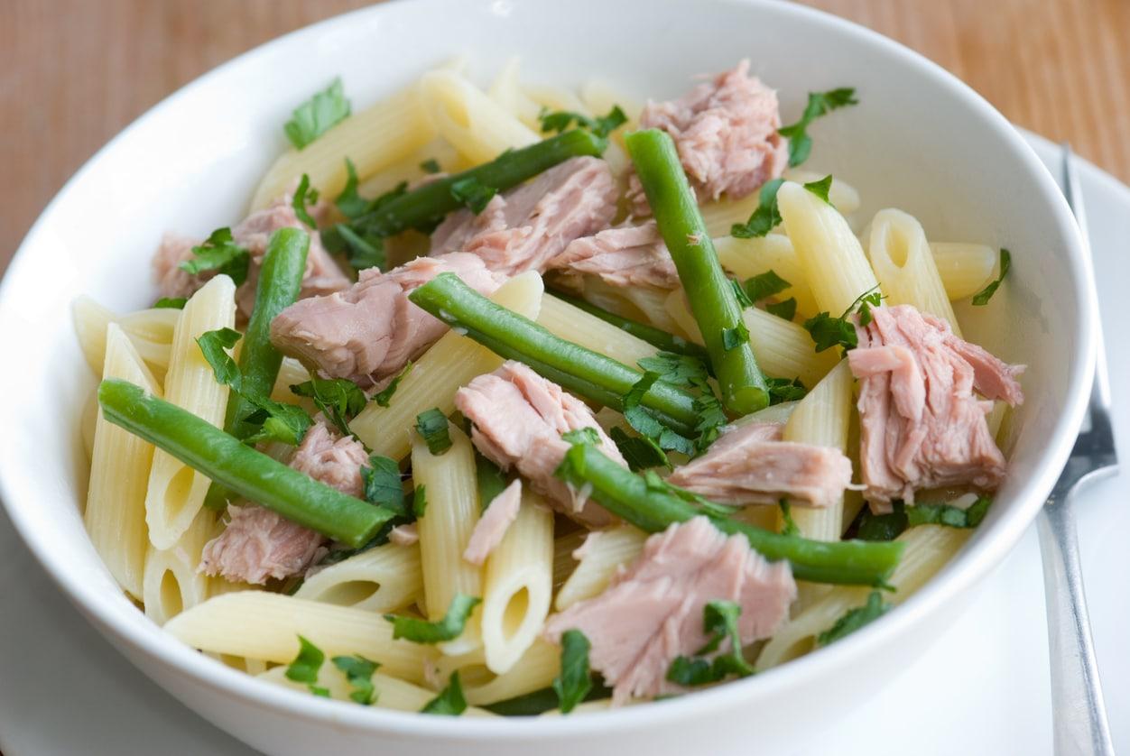 Rigatoni mit Thunfisch und Bohnen